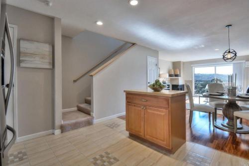 10 Professional Center Parkway #HOUSE 28 Photo 1