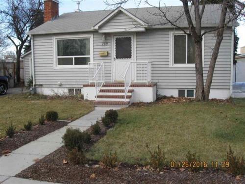 709 N Stanley Street Photo 1