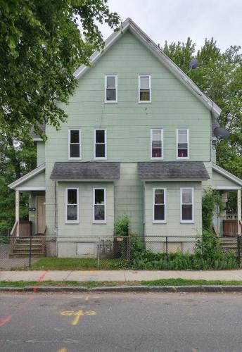 741 Union Street #RIGHT Photo 1