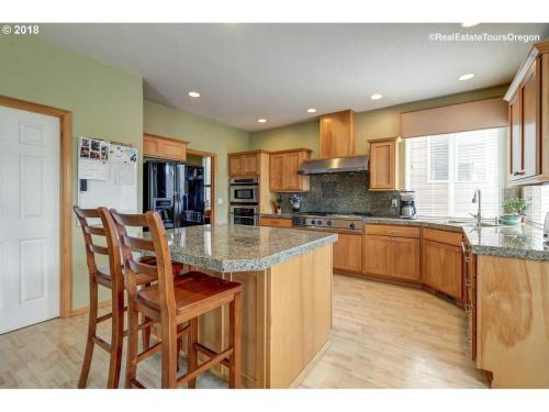 14300 SW Tewkesbury Court Photo 1