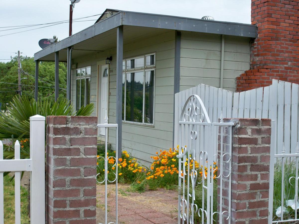1185 Magnolia Street Willits Ca 95490 Hotpads