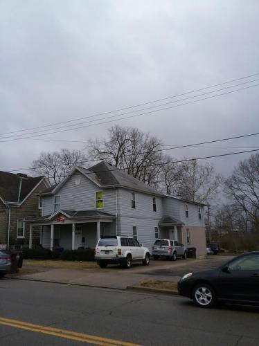 317 W High Street Photo 1