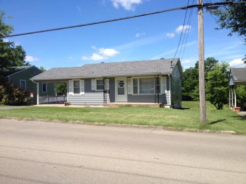 711 N Farmington Road Photo 1