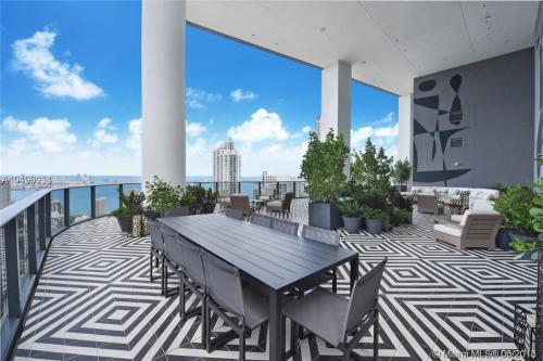 801 S Miami Avenue #4306LUX Photo 1