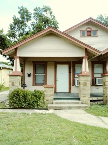 946 Bailey Avenue Photo 1
