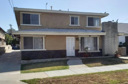 829 N Monterey Street #C Photo 1