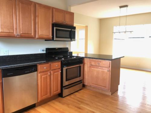 3422 W Leland Avenue #3E Photo 1