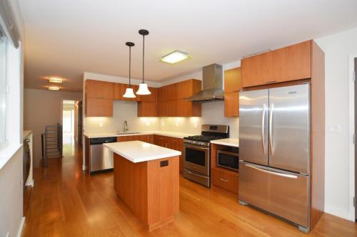 641 27th Avenue Photo 1