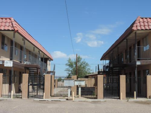 3405 Crest Avenue SE #7 Photo 1