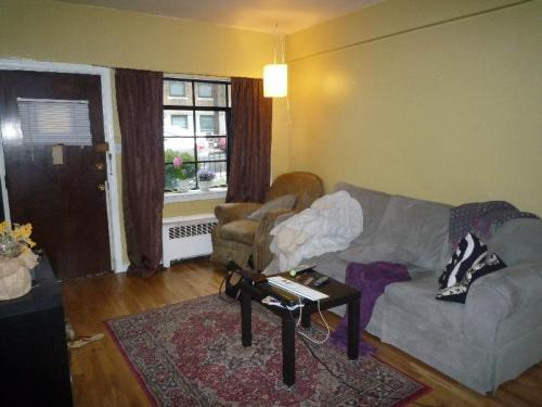 69a Strathmore Road #A Photo 1