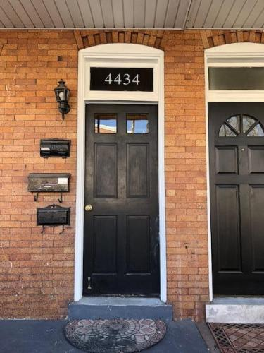 4434 Mitchell Street Photo 1