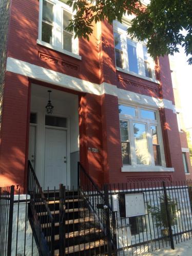 2702 W Thomas Street #1F Photo 1