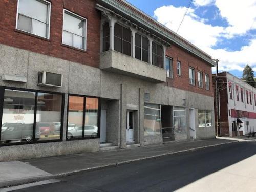 112 1/2 E Spring Street Photo 1