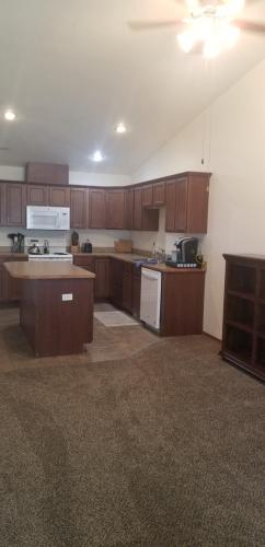 1204 W Franklin Street #B Photo 1