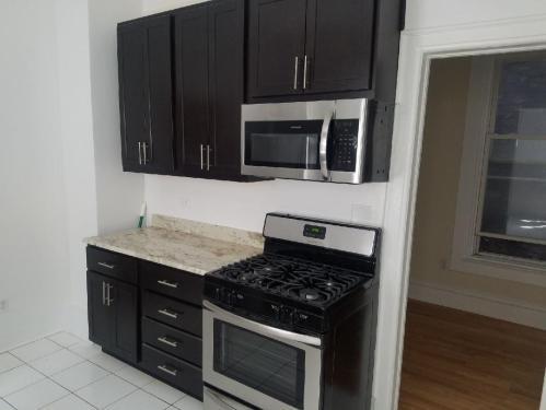 1444 N Maplewood Avenue #2R Photo 1