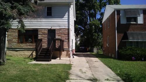 20609 Hillgrove Avenue Photo 1