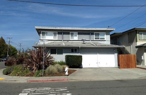 20246 Wisteria Street Photo 1