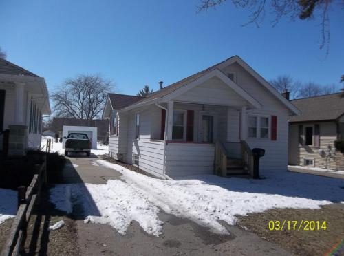 2825 Cooper Street Photo 1