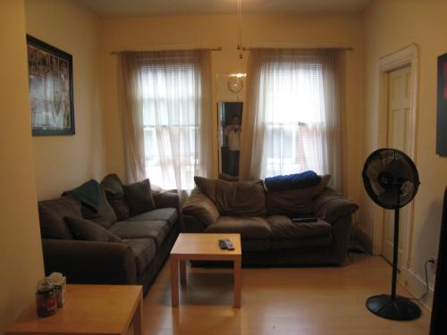 9 Noyes Place Photo 1