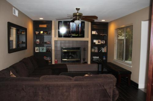 9628 N Shenandoah Lane Photo 1