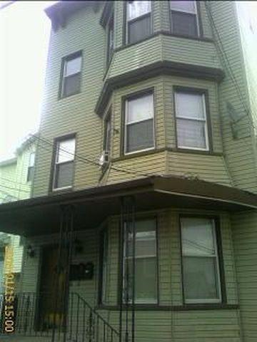 107 Highland Avenue #2 Photo 1