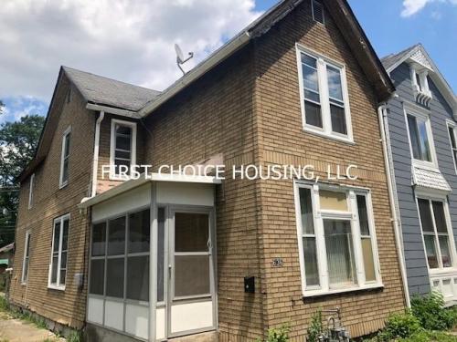 636 W Creighton Avenue Photo 1