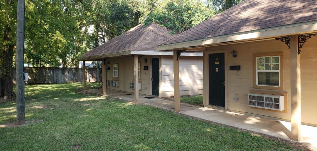 Surprising 1618 Branch Street Alexandria La 71301 Hotpads Home Interior And Landscaping Oversignezvosmurscom