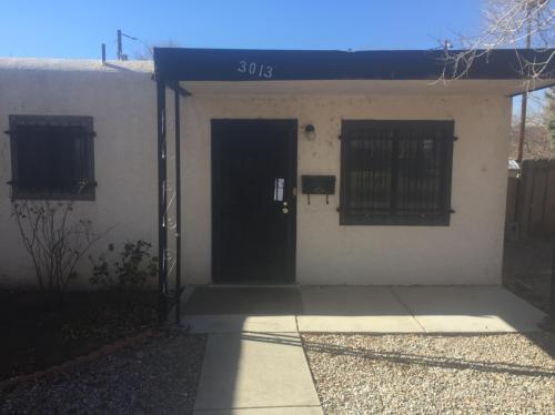 3013 Conchas Street NE Photo 1