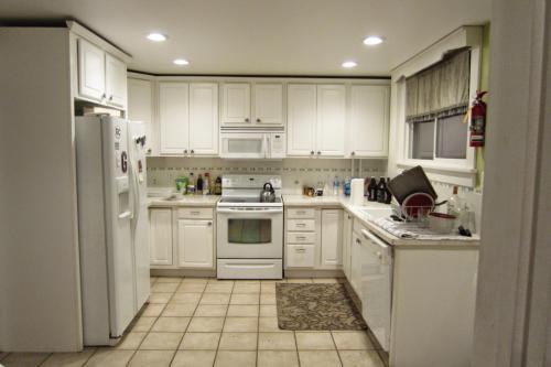208 S Water Street #MAIN HOUSE Photo 1