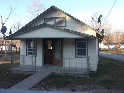 601 S Vine Street Photo 1