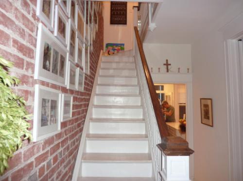 903 Constitution Avenue NE Photo 1