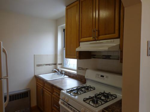 193 Saint Flushing N Photo 1