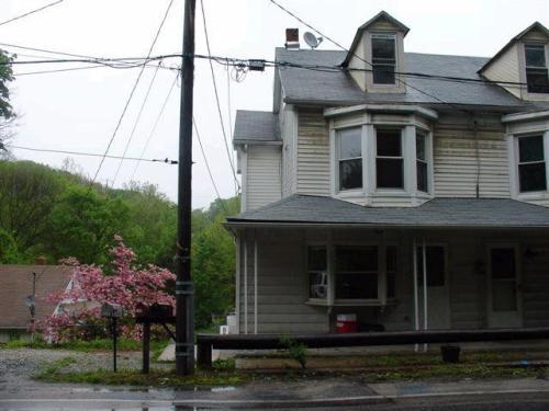 1351 S George Street Photo 1
