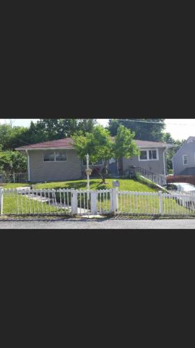 3 Chappell Parkway Photo 1