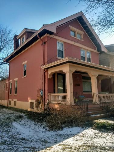 1336 Grenup Street Photo 1