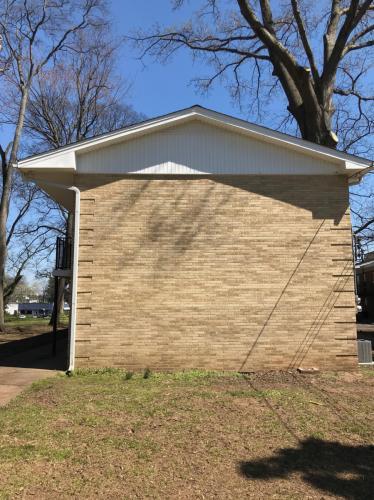 2110 Elliott Avenue Photo 1