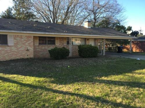 1221 Columbia Drive Photo 1
