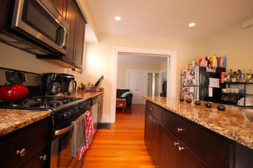 27 Montcalm Avenue #5 Photo 1