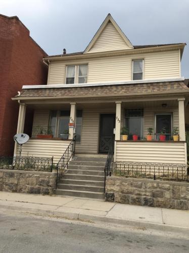 735 W Park Street Photo 1