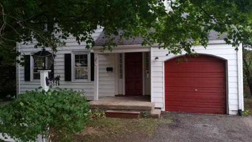 3861 Far Hills Avenue Photo 1