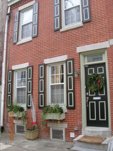 1828 Pemberton Street Photo 1