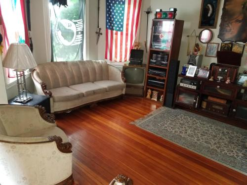 421 Quincy Street #1A Photo 1