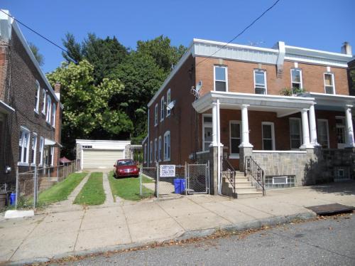 3523 New Queen Street Photo 1