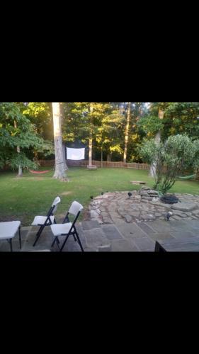 857 Loxford Terrace Photo 1