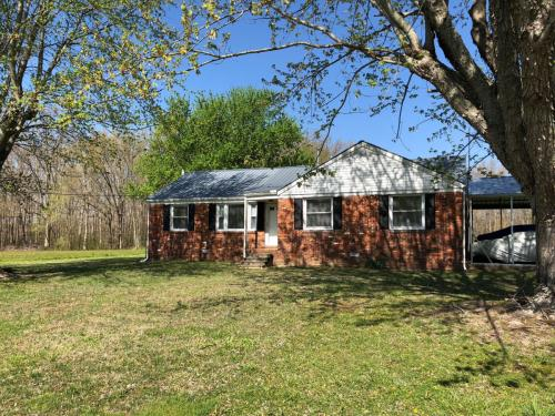 700 Hollow Springs Road Photo 1