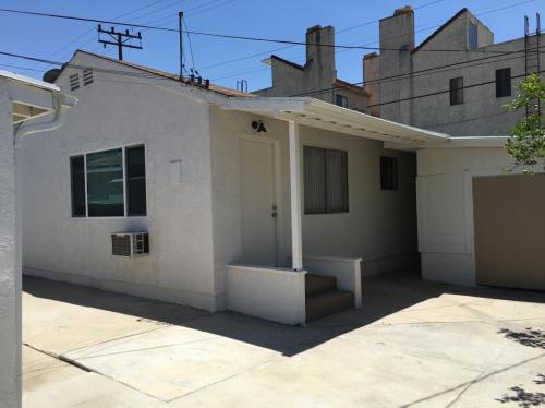 546 Salem Street Photo 1
