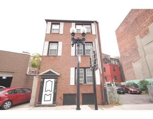 169 N Washington Street Photo 1