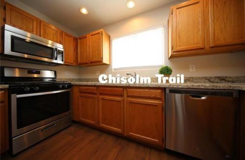 5995 Chisolm Trail Photo 1