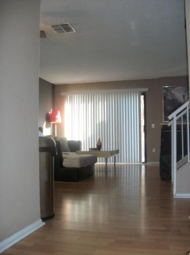 8721 Pine Crest Place Photo 1
