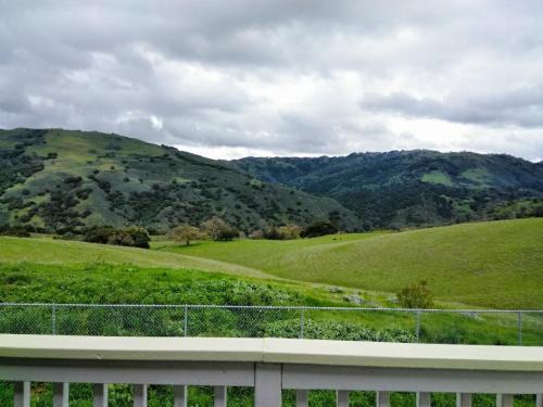 16280 Oak Canyon Drive Photo 1